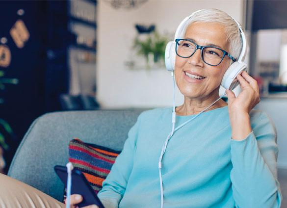 Library on Call provides stories read aloud for seniors by calling a dedicated telephone number.